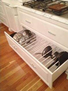 Better Kitchen Organization: File Your Pots and Pans In Drawers! - Better Kitchen Organization: File Your Pots and Pans In Drawers! Drawer Organizing ideas from The - Kitchen Cabinet Organization, Storage Cabinets, Kitchen Cabinets, Kitchen Countertops, Kitchen Organizers, Kitchen Storage Drawers, Dish Drawers, Kitchen Soffit, Soapstone Kitchen