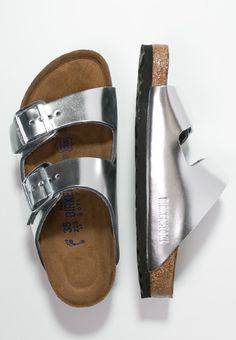 Chaussures Birkenstock ARIZONA - Mules - metallic silver argent: SFr. 85.00 chez Zalando (au 29.12.15). Livraison et retours gratuits et service client gratuit au 0800 400 450.