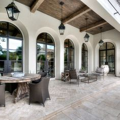 Mediterranean homes – Mediterranean Home Decor Spanish Style Homes, Spanish House, Outdoor Living Areas, Outdoor Spaces, Outdoor Decor, Patio Design, Exterior Design, Modern Exterior, Hacienda Style