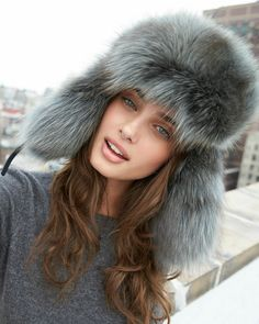 taylor marie hill.