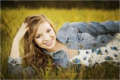 Courtney Bowlden Photography senior portraits grass country summer