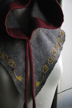 Embroidered hood, late medieval. I was supposed to go LARPing, but only got half-way through my stitching before it got cancelled.