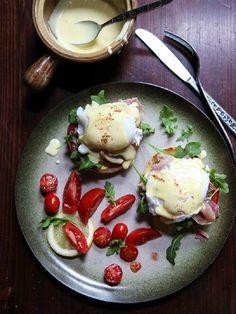 Arugula & Prosciutto Egg Benedict