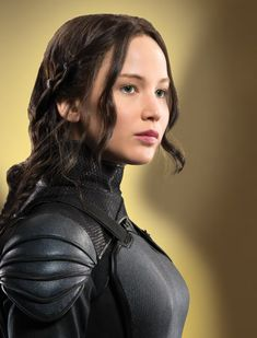 NEW promo picture of Jennifer Lawrence as Katniss Everdeen in Mockingjay Part 2