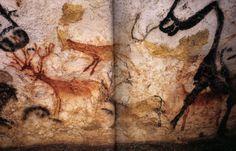 Lauscaux - Friso de los ciervos, que se despliega entre las dos paredes de la Sala de los Toros de la cueva.