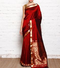 If you want to remark yourself as a unique saree ruler, then drop into this site. You will get the ultimate style & look for your saree-blouse design that others will crave for. Kanjivaram Sarees Silk, Pure Silk Sarees, Georgette Sarees, Indian Attire, Indian Ethnic Wear, Indian Dresses, Indian Outfits, Bridal Silk Saree, Red Saree Wedding