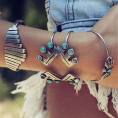 Set of 4 Navajo Ceremonial Bracelets  These are Tribal Yard exclusive bracelets, not sold in stores.  - Limited-Edition -   Diameter: 5.5cm / 5.8cm / 6.5cm / 7cm  $24