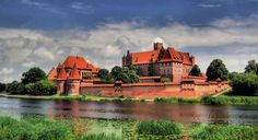 Castles in Poland: history, trails, pictures - SkyscraperCity