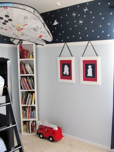 star wars room - Best Star Wars rooms for 2018 to check out! We collected the most inspiring and creative room decorations for Star Wars fans. Star Wars Room Decor, Star Wars Nursery, Star Wars Bedroom, Decoration Bedroom, Bedroom Themes, Kids Bedroom, Bedroom Ideas, Nursery Ideas, Red Nursery