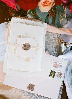 Wanderlust Beach Wedding Ideas - Vasia Weddings | Wedding Sparrow | www.weddingsparrow.co.uk