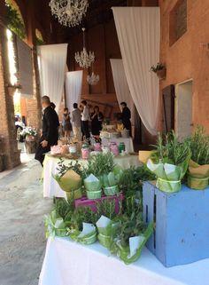 Confettata e bomboniere. Presso Corte Dei Paduli, Reggio E.,Italy