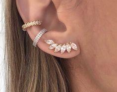 No Piercing Cartilage Ear Cuff Snake/piercing imitation/fake faux piercing/ear jacket manchette/ohrklemme ohrclip/conch cuff/false pierce - Custom Jewelry Ideas Gold Bar Earrings, Tiny Earrings, Amethyst Earrings, Cuff Earrings, Vintage Earrings, Crystal Earrings, Crystal Jewelry, Silver Jewelry, Ear Jewelry