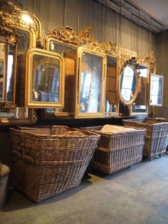 Today a sneak peek in the world of Anouk Beerents , who is specialised in the import and export of antique, and authentic quality mirrors, t. Old Mirrors, Vintage Mirrors, French Kitchen Decor, French Decor, French Mirror, Beautiful Mirrors, Store Displays, Through The Looking Glass, Antique Stores
