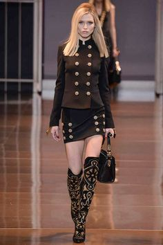 Versace Fall 2014 RTW - Runway Photos - Fashion Week military- Runway, Fashion Shows and Collections - Vogue