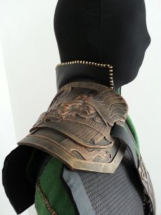 Finished the roundup of How to build a Loki costume tutorials! How to make a loki costume part 14- Add a pocket! How to make a loki costume part 13- Armour attatchments How to make a loki costume part...