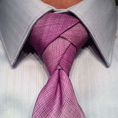 The Eldredge Knot is basically one of the most beautiful things in this world.
