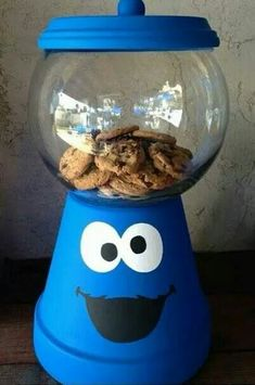DIY Cookie monster cookie jar!