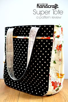 super tote by noodlehead pattern review - the crafty traveler blog hop by ellison lane