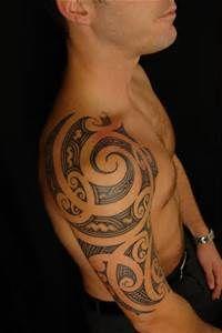 """uncondensed"" Maori Shoulder Tattoo on David by Shane Gallagher Coley, currently working @ Chapel Tattoo, Melbourne, Australia Koru Tattoo, Maori Tattoo Frau, Ta Moko Tattoo, Tattoo On, Maori Tattoos, Polynesian Tattoos, Samoan Tattoo, Forearm Tattoos, Hand Tattoos"