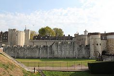 The Tower of London, with its 900 years of history, has earned itself a multitude of spine tingling stories, mainly due to its infamous reputation as a place of execution.