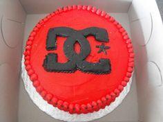 DC Logo Cake