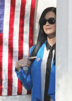 Katy Perry Photo - Katy Perry Does Her Civic Duty