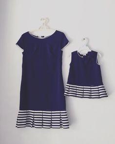 Váy đôi mẹ và bé Mẹ S M L XL - 450k/1 Bé 1 đến 6y - 250k/1 bé 7t-8t- 290k Little Girl Dresses, Girls Dresses, Mom Daughter Matching Outfits, Mother Daughter Fashion, Baby Dress Patterns, Sewing Patterns, Mom Dress, Kids Outfits, Kids Fashion