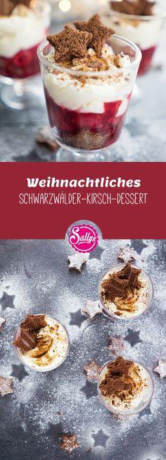 Leichtes Dessert mit Lebkuchen, roter Grütze mit Kirschen und Himbeeren und Mascarpone-Schmand-Creme.