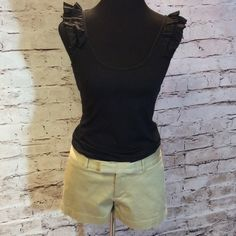 BANANA REPUBLIC RYAN FIT SHORTS Super cute shorts in gently used condition by Banana Republic. SH-1 Banana Republic Shorts