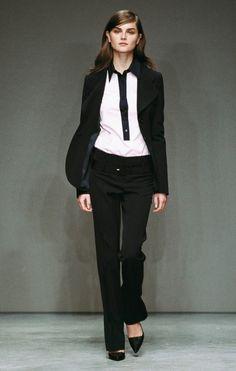 05d2f2005d15 Womenswear Spring Summer 2002 - Fashion Show   Prada.com Весення Коллекция  Прада, Милан