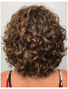 Shampoo For Curly Hair, Curly Hair Cuts, Long Curly Hair, Curly Hair Styles, Shoulder Length Curly Hairstyles, Short Permed Hair, Curly Girl, Medium Curly, Medium Hair Styles
