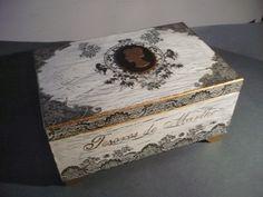 Drzewko poziomkowe: Zaległości cd. - szkatułka decoupage na biżuterię