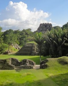 El Castillo Temple towers high above the #Xunantunich Maya site and offers panoramic views of the western Cayo District. #BelizeVacationPackages #SabreWingTravel