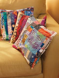Discover seven small quilting projects and quick quilts, all in one free collection!