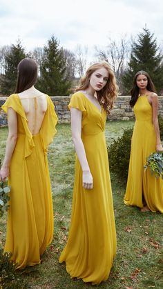 Flowy bridesmaid dresses - 5 Biggest Bridesmaid Dress Trends And 31 Examples For 2019 – Flowy bridesmaid dresses Plain Wedding Dress, Perfect Wedding Dress, Wedding Dresses, Modest Wedding, Ellie Saab, Flowy Bridesmaid Dresses, Yellow Bridesmaids, Yellow Fashion, Yellow Dress
