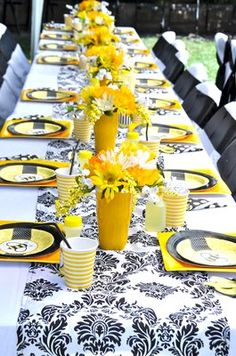 Bumble Bee Baby Shower Games | Bumble Bee Baby Shower Table Design | Yelp Baby Shower Table, Baby Shower Games, Baby Shower Parties, Deco Orange, Bumble Bee Birthday, Do It Yourself Baby, Bee Party, Bee Theme, Baby Shower Decorations