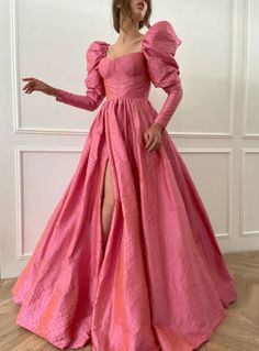 Posh Dresses, Formal Dresses, Pretty Outfits, Pretty Dresses, Princes Dress, Matric Dance Dresses, Party Gowns, Beautiful Gowns, Dream Dress