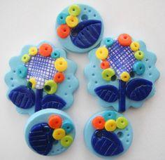 Button Blue Retro Flowers handmade polymer clay buttons ( 5 )
