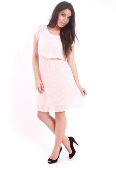 Vestido Rosa Plissado by Innocence Fashion, via Flickr