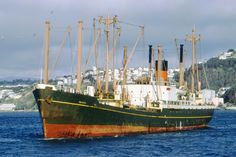 Merchant Navy, Adventure Of The Seas, Old Photos, Sailing Ships, Hong Kong, Boats, Around The Worlds, Ocean, Sky