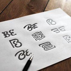 Beautiful logo sketches by @bbquearen. http://jrstudioweb.com/diseno-grafico/diseno-de-logotipos/