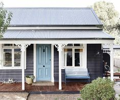 This Victorian weatherboard cottage proved to be a dream passion project for its interior-designer owner, One Girl Interiors. House Paint Exterior, Exterior House Colors, Building Exterior, Exterior Design, Weatherboard House, Queenslander, Garage Door Design, Garage Doors, Cottage Renovation