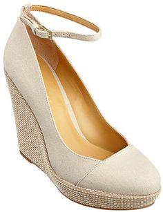 #NineWest                 #Women #Shoes             #espadrille #measurements #heel #toe #wedge #rope #platform #canvas           LUICY                     Canvas and rope closed toe espadrille. Rope covered heel and platform. Measurements: wedge 4.5 and platform 1.                    http://pin.seapai.com/NineWest/Women/Shoes/1224/buy