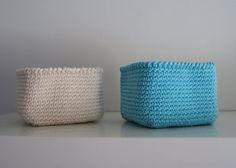 Set of 2 Square Basket in Beige and Turquoise. by maricatimonsina