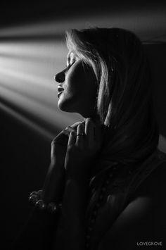 Fuji and Carla Monaco ~ Creative shoot - ProPhotoNut Damien Lovegrove, Black White Photos, Black And White, Fuji X100, Photography Gallery, Wide Angle, Professional Photographer, Fujifilm, Monaco