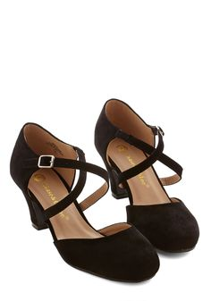 Memorable Moves Heel in Black