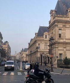 See more of looksohaute's content on VSCO. City Aesthetic, Travel Aesthetic, Beautiful World, Beautiful Places, Places To Travel, Places To Visit, Paris 3, Paris Ville, Tour Eiffel