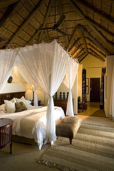 Animals wildlife safari Exeter River Lodge Sabi Sand Game Reserve in South Africa Home Bedroom, Bedroom Decor, Bedroom Themes, Master Bedroom, Safari Bedroom, Safari Chic, Game Lodge, British Colonial Style, Lodge Decor