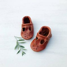 Buy Now Cinnamon  T-STRAPS  Soft Soled Leather Shoes Baby and...
