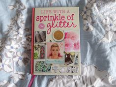 Rachie Reads: Book Review - Life With A Sprinkle of Glitter